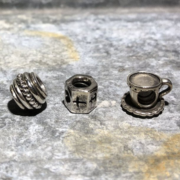 2.nd Hand - 3 Pandora led i sølv