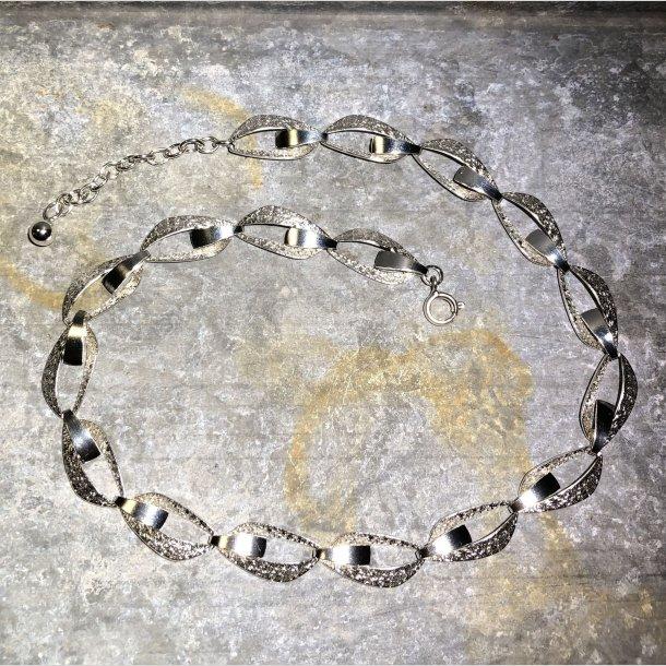 2.nd Hand - Collier i sølv med flotte åbne led