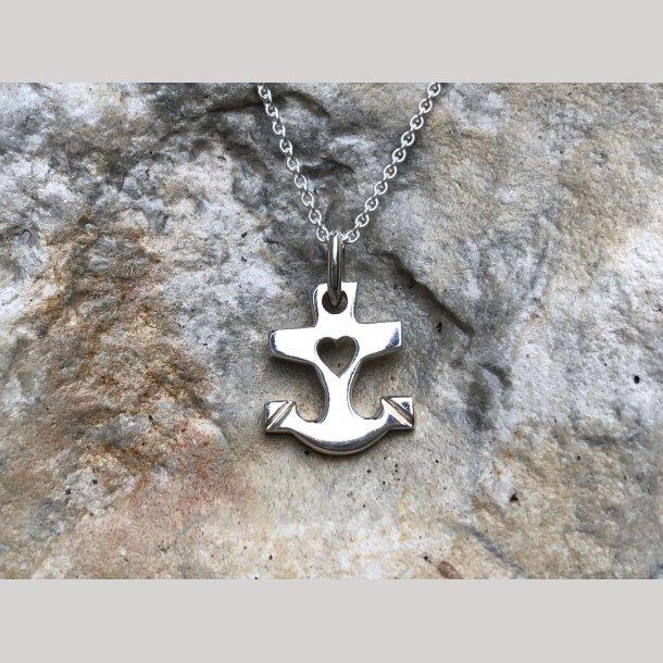 Vedhæng i sølv, Tro, håb og kærlighed