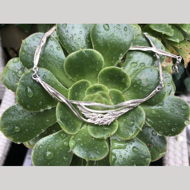 2. nd Hand Flora Danica collier i Græs