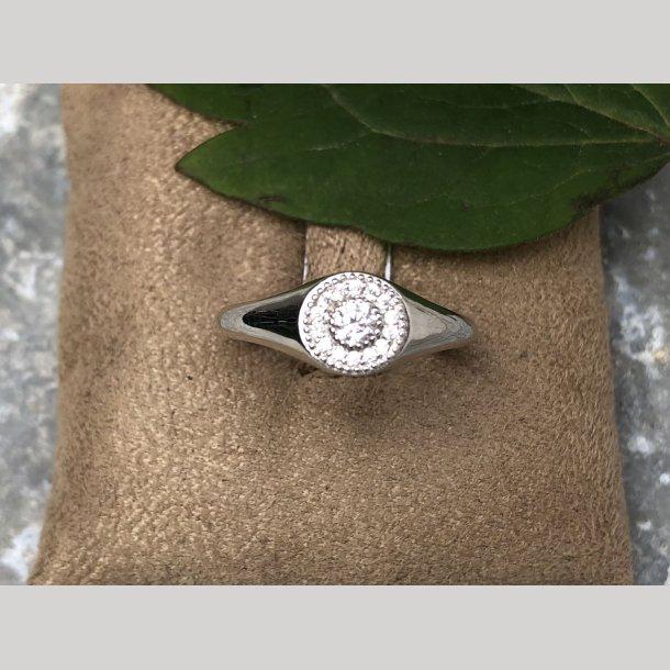 Mads Z ring med sten