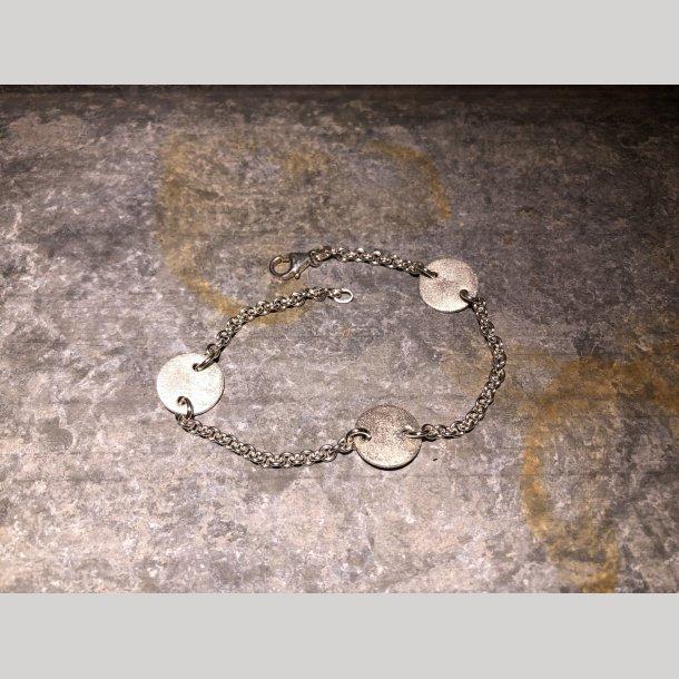 Armbånd i sølv med graverings plader