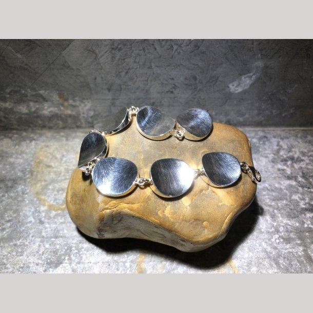 Armlænke i sølv