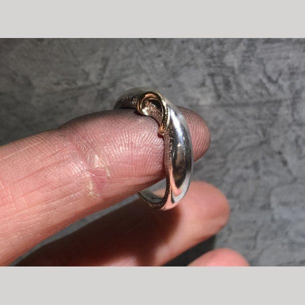 Sølv ring med 14 krt. guld bånd