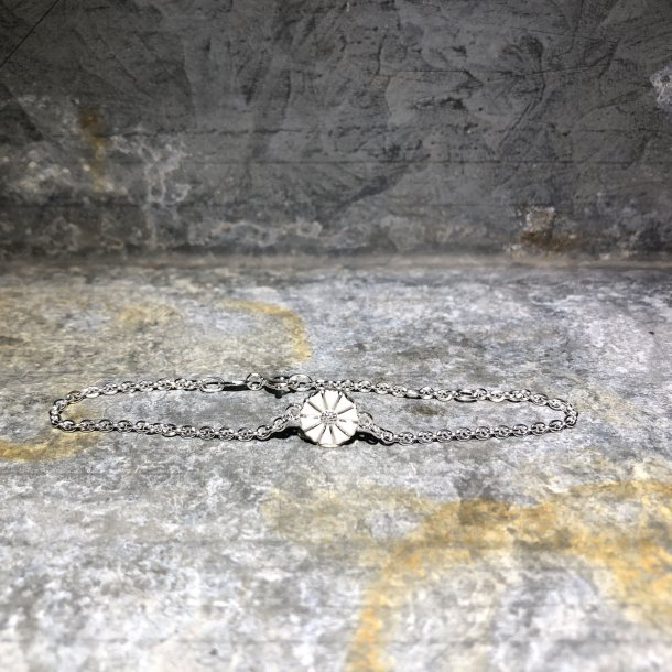 Armbånd i sølv med marguerit fra Lund