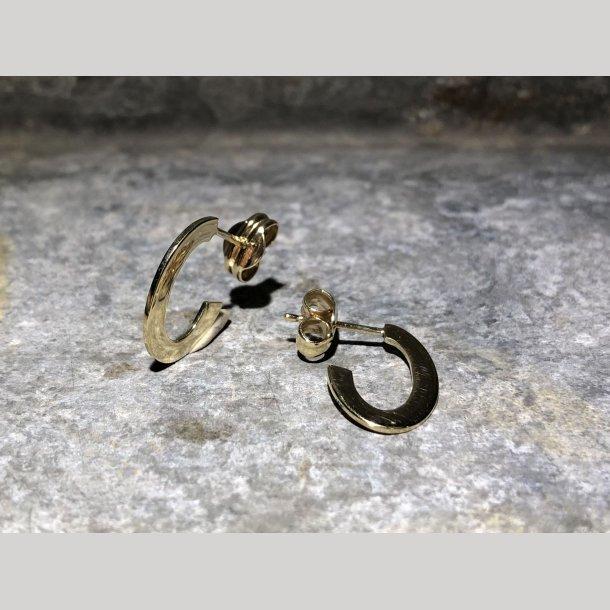 Ørecreol i 8 krt guld fra Mads Z