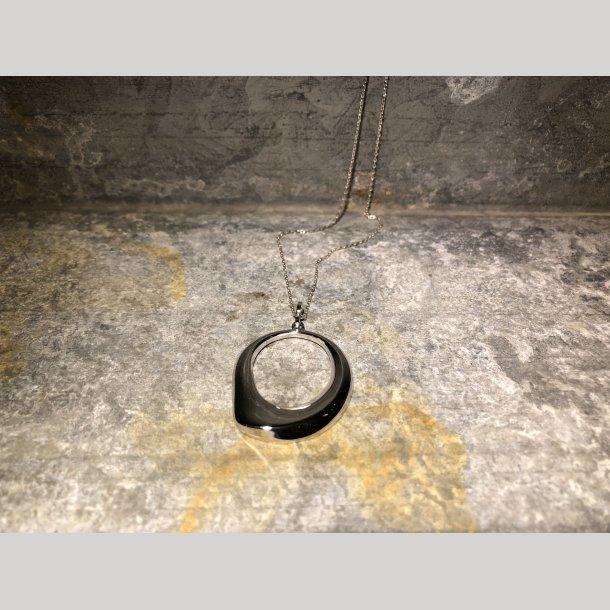 Mads Z sølvkæde med vedhæng