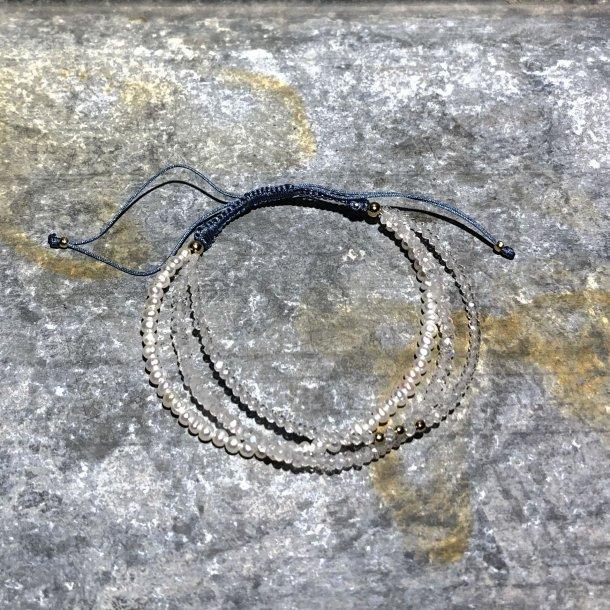 Armbånd med perler fra Mads Z