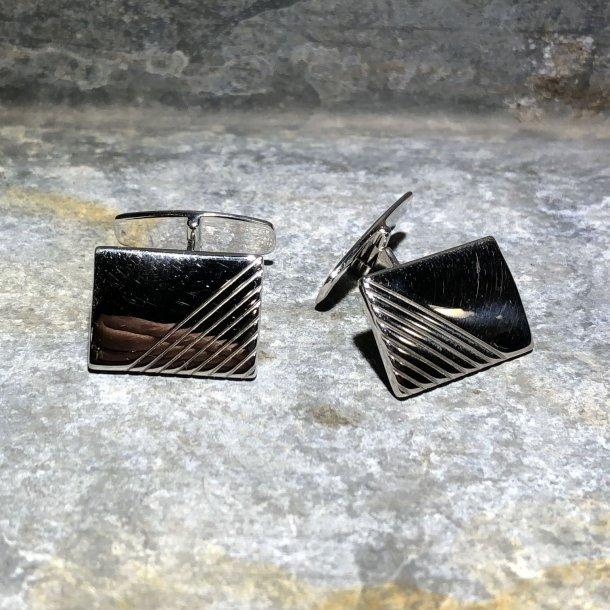 Manchetknapper i sølv fra NOA