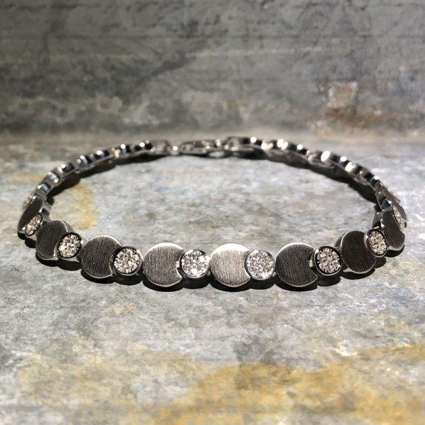 Armbånd i sølv med zirkoner